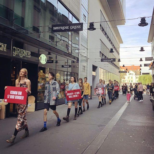 #fashiondays #sihlcity #elitemodellook #flechtwerkstatt #beautylounge #marionnaud #abeauty #stf #bernina #lieblingsagentur #agenturamsee #compressoag